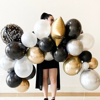 """Picture of GARLANDS - 6' BASIC (20) 5"""" and (30) 11"""" LATEX - 3 FOILS"""