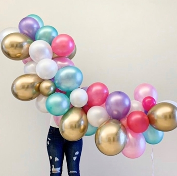 """Picture of GARLANDS - 12' BASIC (40) 5"""" and (50) 11"""" LATEX"""