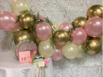 """Picture of GARLANDS - 6' BASIC  (20) 5"""" and (24) 11"""" - WITH VINE"""